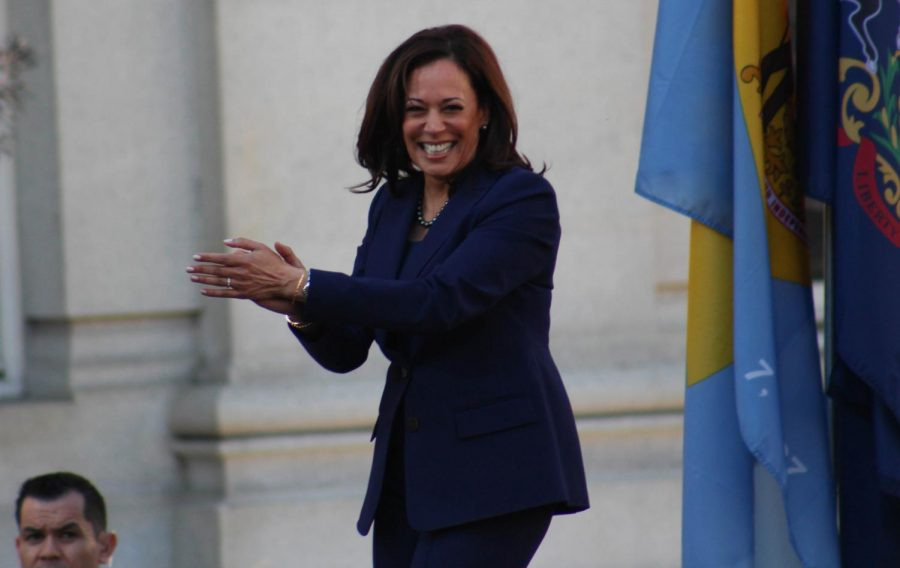 Vice+Presidential+Candidate+Kamala+Harris%3A+Enough+to+Attract+Key+Voters%3F